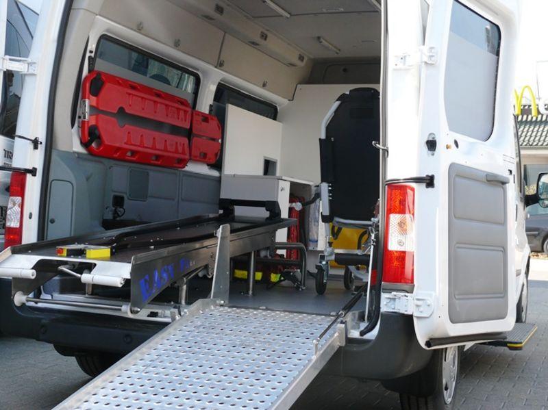 Krankentransportwagen4